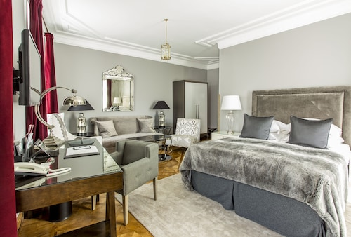 Hotel St. Petersbourg - Small Luxury Hotels of the World
