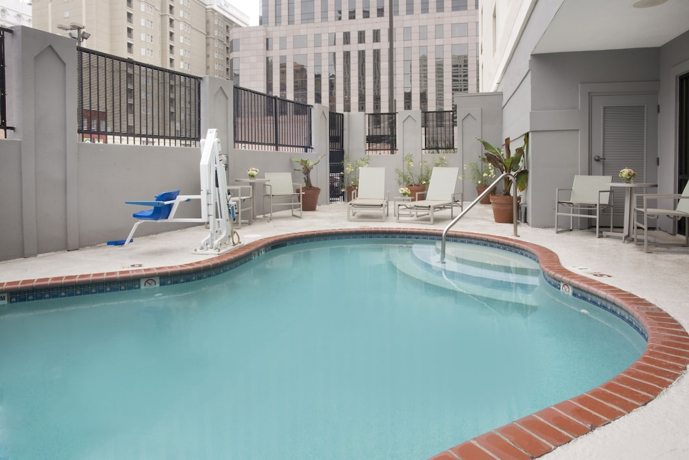 Pool, Holiday Inn Express New Orleans Downtown