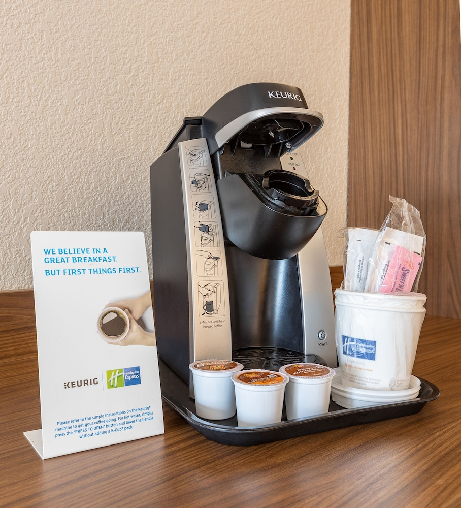 Coffee and/or Coffee Maker, Holiday Inn Express New Orleans Downtown