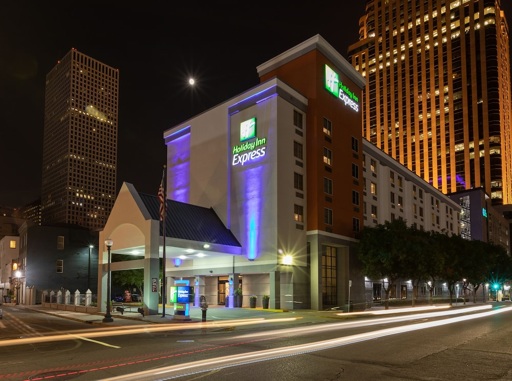 Exterior, Holiday Inn Express New Orleans Downtown