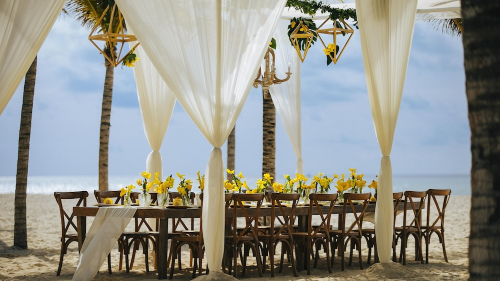 Indoor Wedding, Royal Hideaway Playacar All Inclusive - Adults only