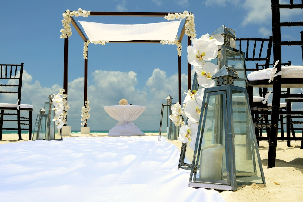 Outdoor Wedding Area, Royal Hideaway Playacar All Inclusive - Adults only