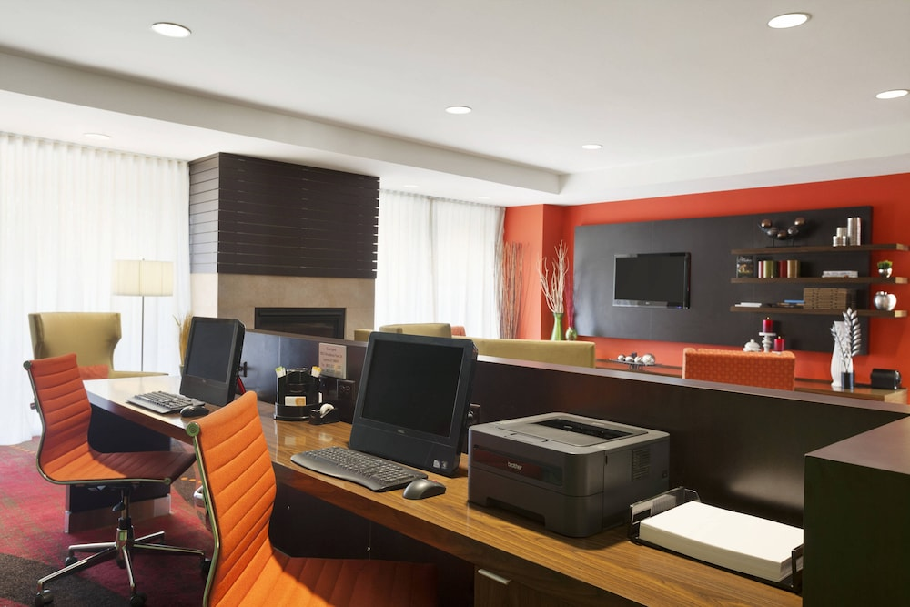 Business Center, Courtyard by Marriott Layton
