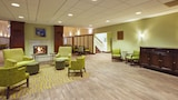 Hampton Inn and Suites Providence Warwick Airport - Warwick Hotels