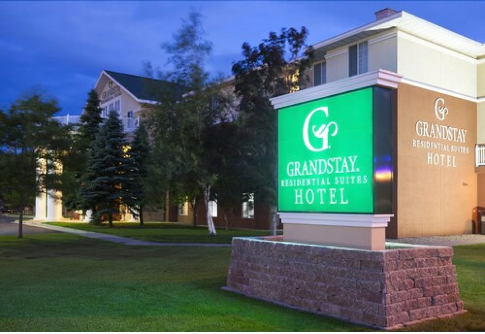 Front of Property - Evening/Night, GrandStay Residential Suites Hotel- Saint Cloud