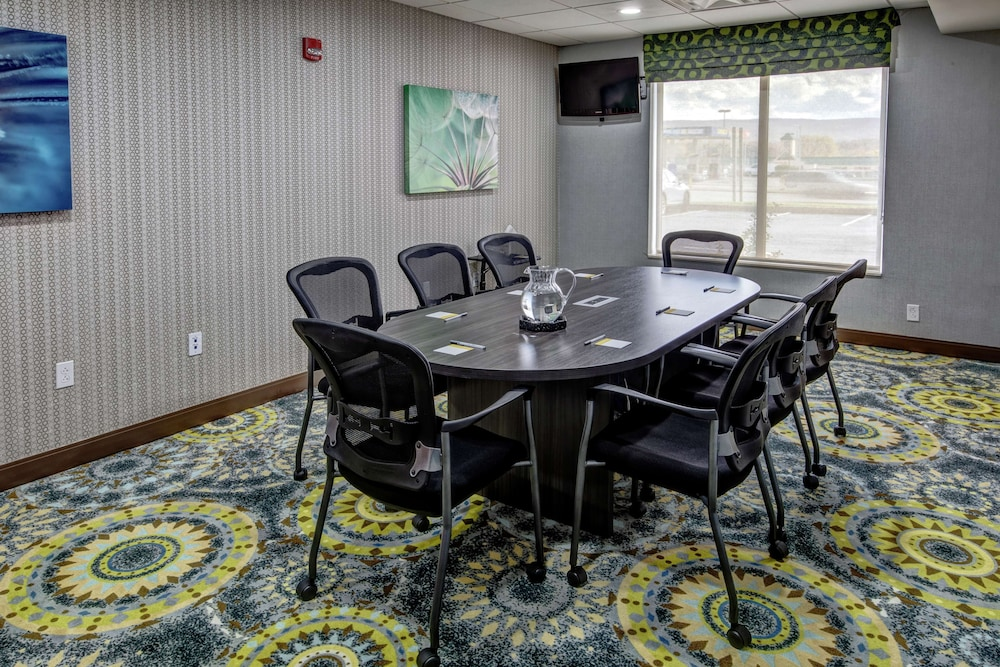 Meeting Facility, Hampton Inn Latrobe