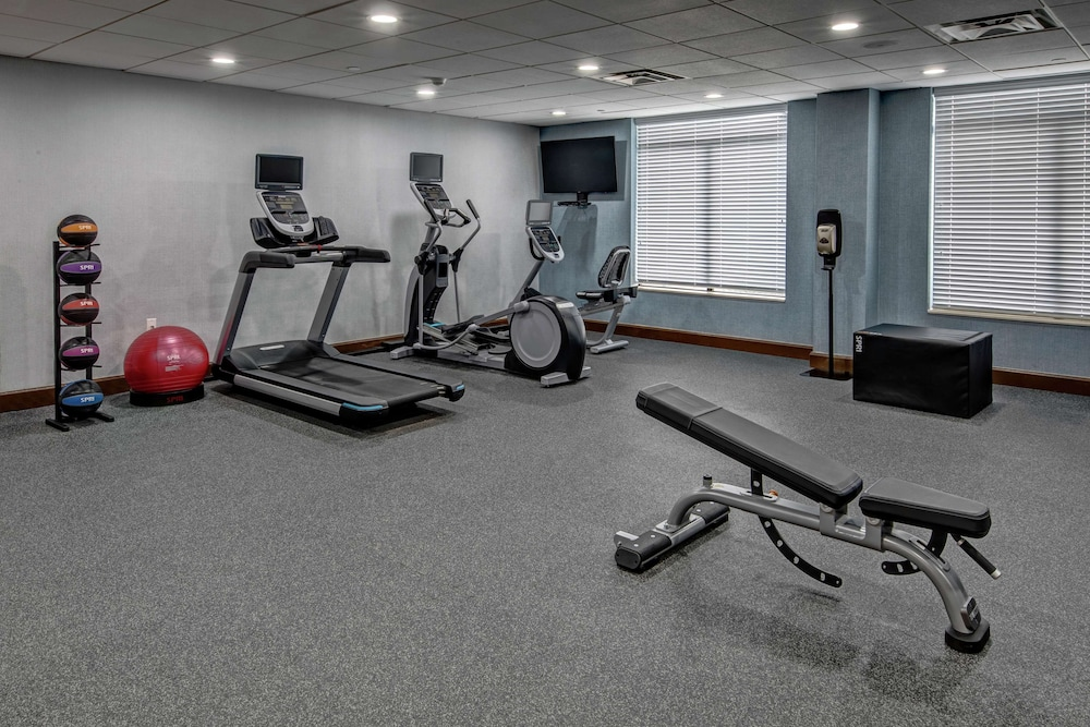 Fitness Facility, Hampton Inn Latrobe