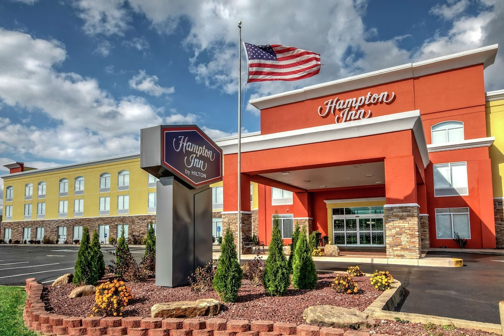 Featured Image, Hampton Inn Latrobe