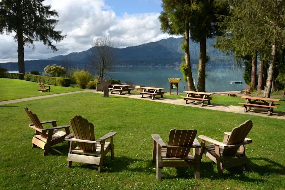 Property Grounds, Lake Quinault Lodge