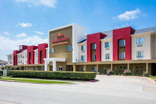 Hawthorn Suites by Wyndham DFW Airport North