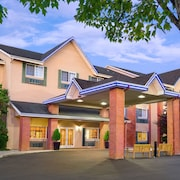 Comfort Inn & Suites Tualatin - Portland South