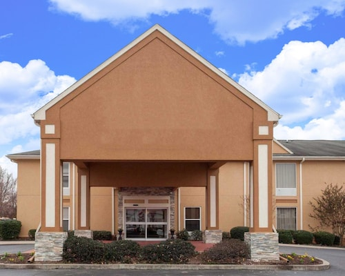Check Expedia for Availability of Quality Inn & Suites I-40 East