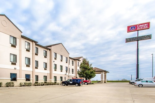 Check Expedia for Availability of Comfort Suites Mattoon