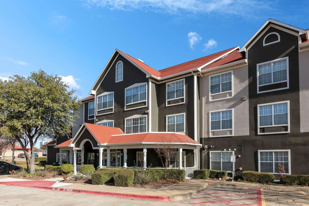 Exterior, La Quinta Inn & Suites by Wyndham Rockwall