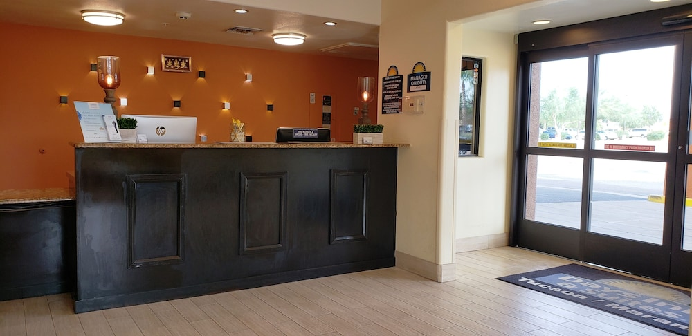Check-in/Check-out Kiosk, Days Inn & Suites by Wyndham Tucson/Marana