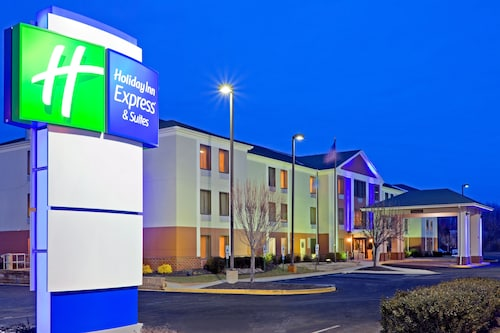 Great Place to stay Holiday Inn Express Hotel & Suites Carneys Point near Carneys Point