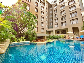 Silom Serene Hotel