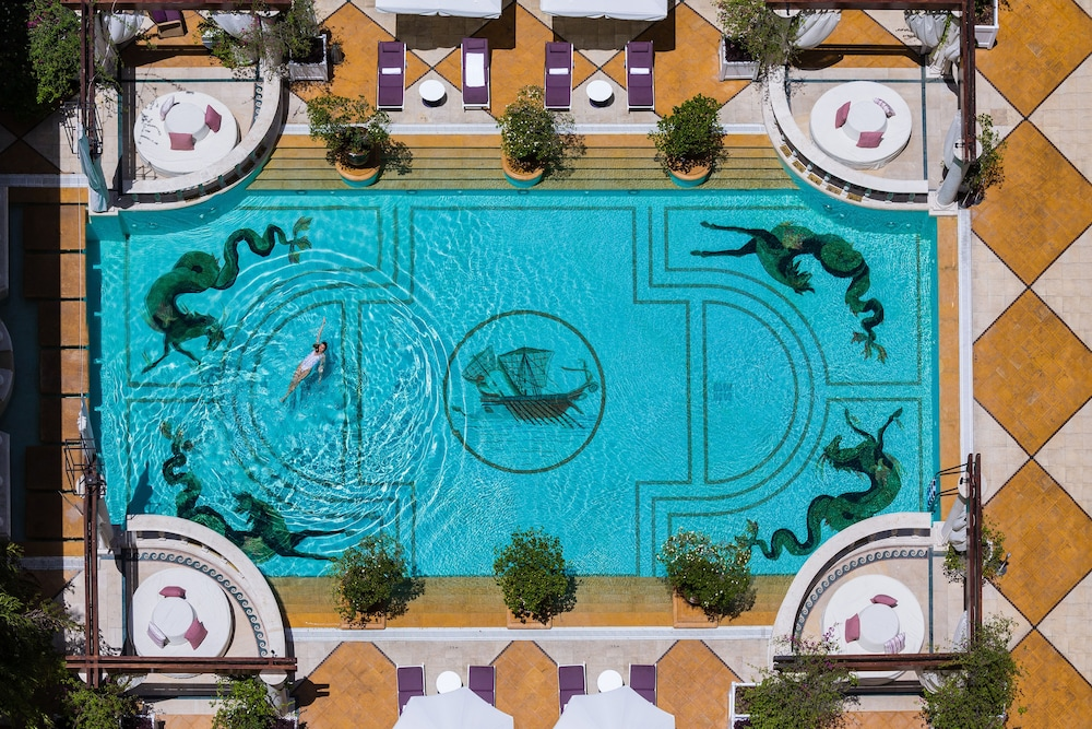 Pool, InterContinental Phoenicia Beirut