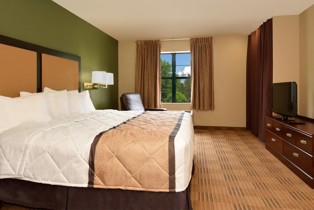 Room, Extended Stay America Chicago - Skokie