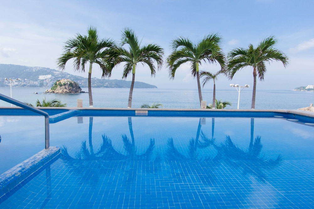 Outdoor Pool, HS HOTSSON Smart Acapulco