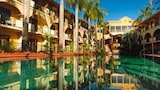 Palm Royale Cairns - Manunda Hotels