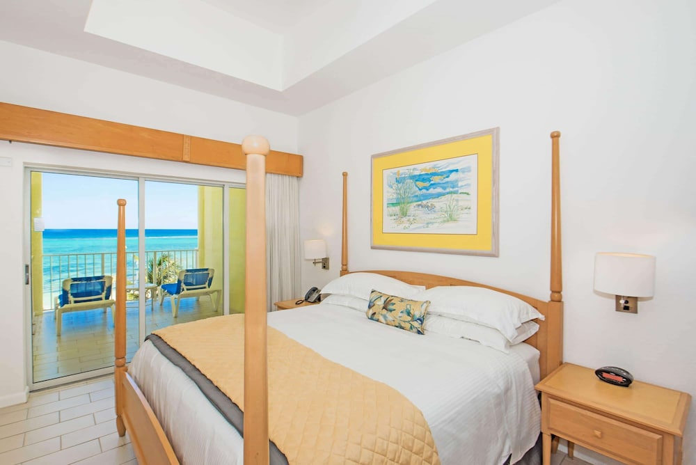 Room, Wyndham Reef Resort Grand Cayman