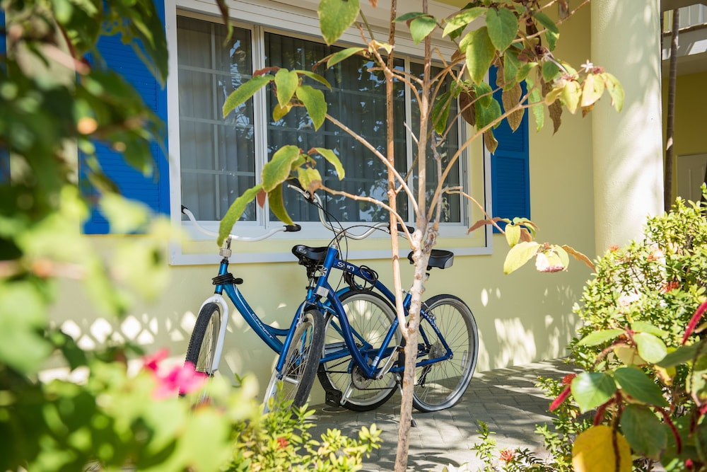Bicycling, Wyndham Reef Resort Grand Cayman