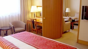 Minibar, in-room safe, iron/ironing board, cribs/infant beds