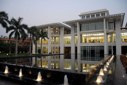 杰皮宫酒店&国际会议中心