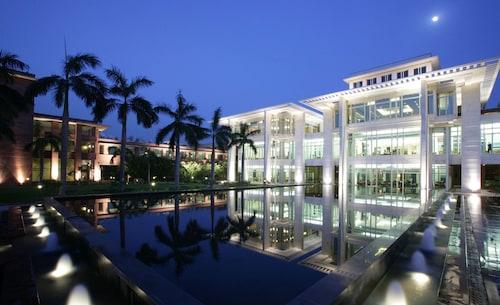 傑皮皇宮飯店及國際會展中心