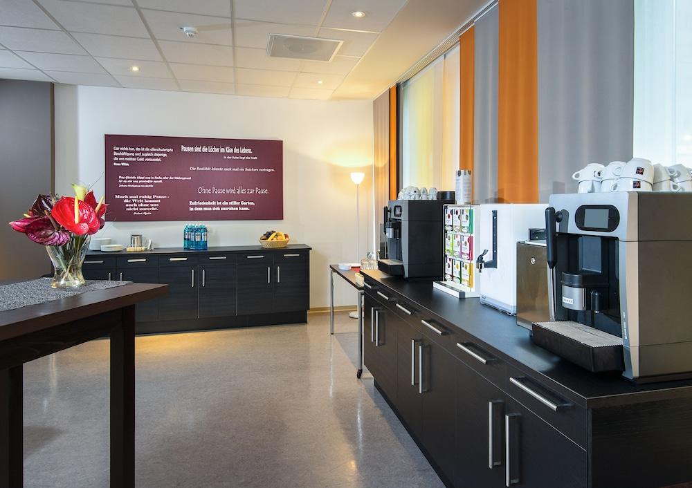junges hotel hamburg deals reviews hamburg deu wotif. Black Bedroom Furniture Sets. Home Design Ideas