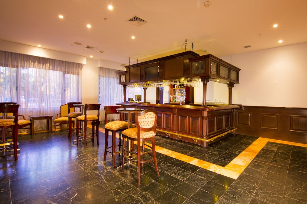 Sports Bar, Melia Panama Canal