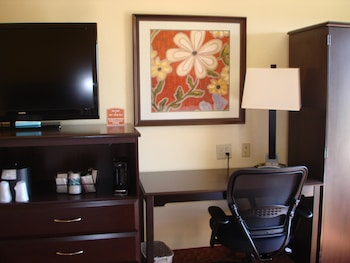 Executive Room, 2 Double Beds, Non Smoking, Refrigerator - Guestroom