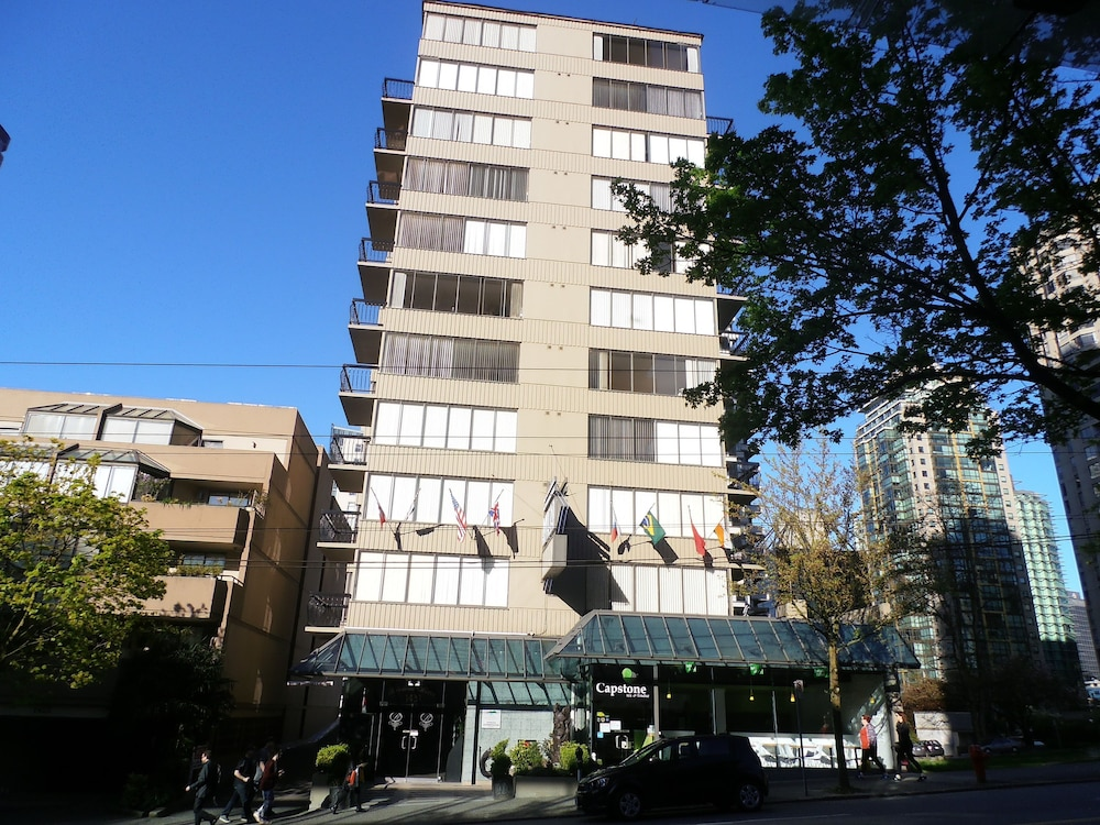 Front of Property, Riviera on Robson Suites Hotel Downtown Vancouver