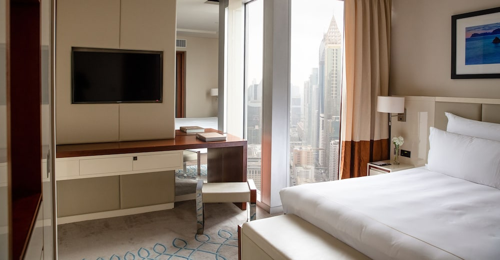 Room, Jumeirah Emirates Towers