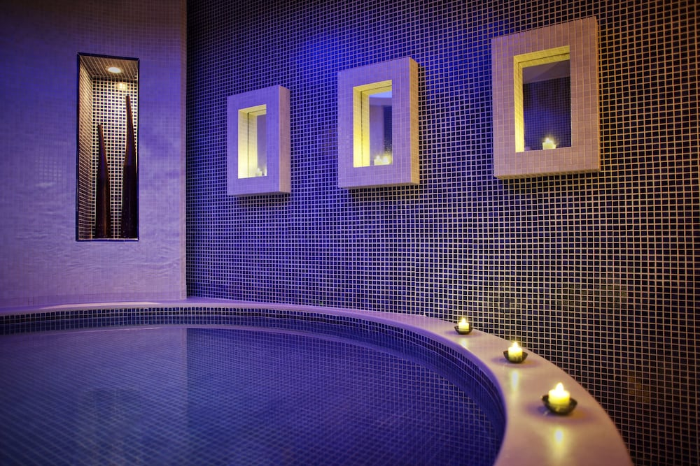 Spa Treatment, Jumeirah Emirates Towers