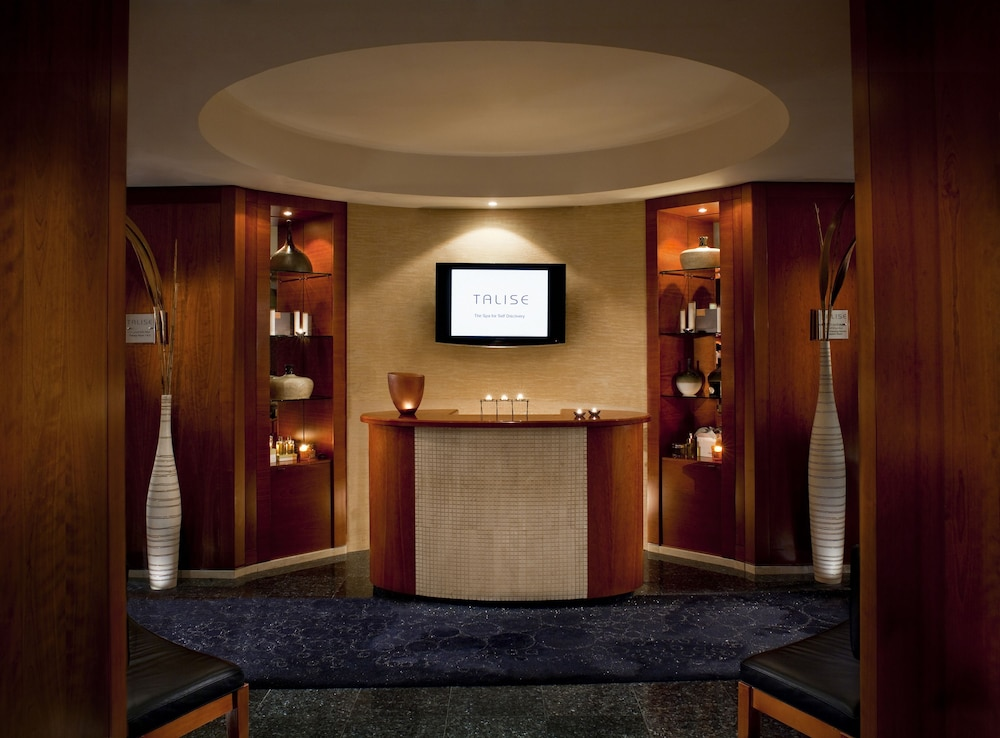 Spa Reception, Jumeirah Emirates Towers