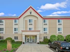 MainStay Suites Northbrook Wheeling