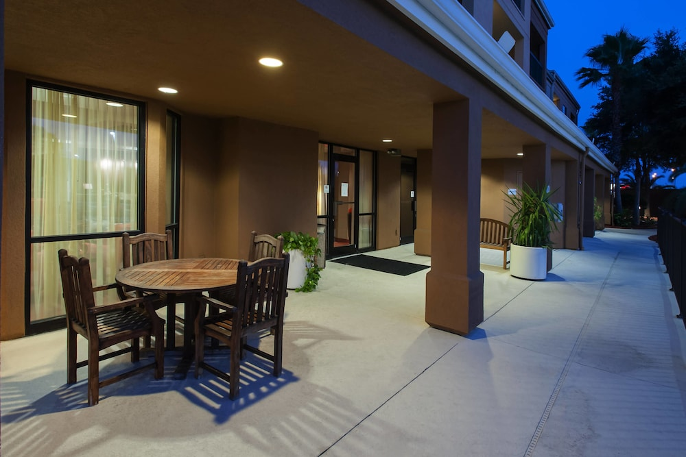 Terrace/Patio, Courtyard by Marriott Lakeland