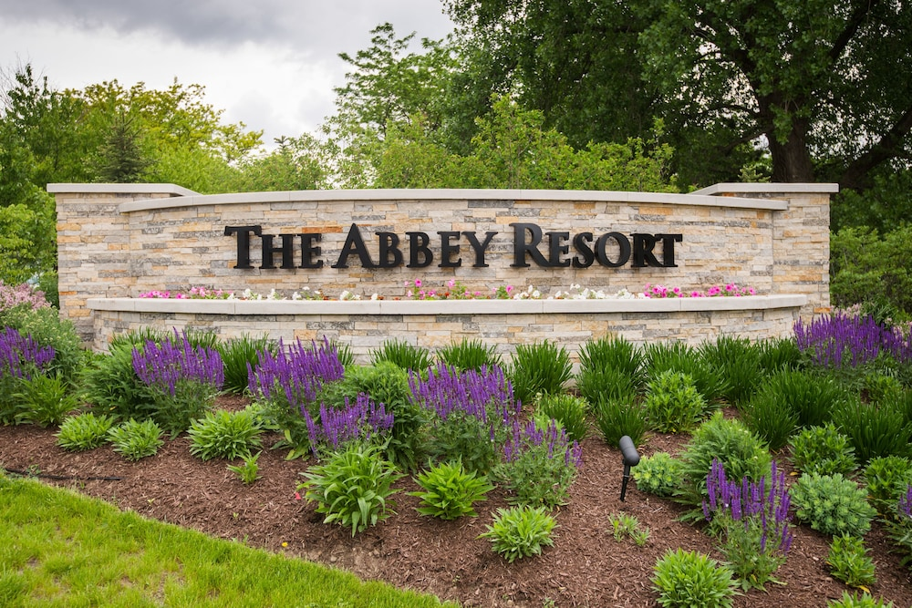 Garden, Abbey Resort and Avani Spa