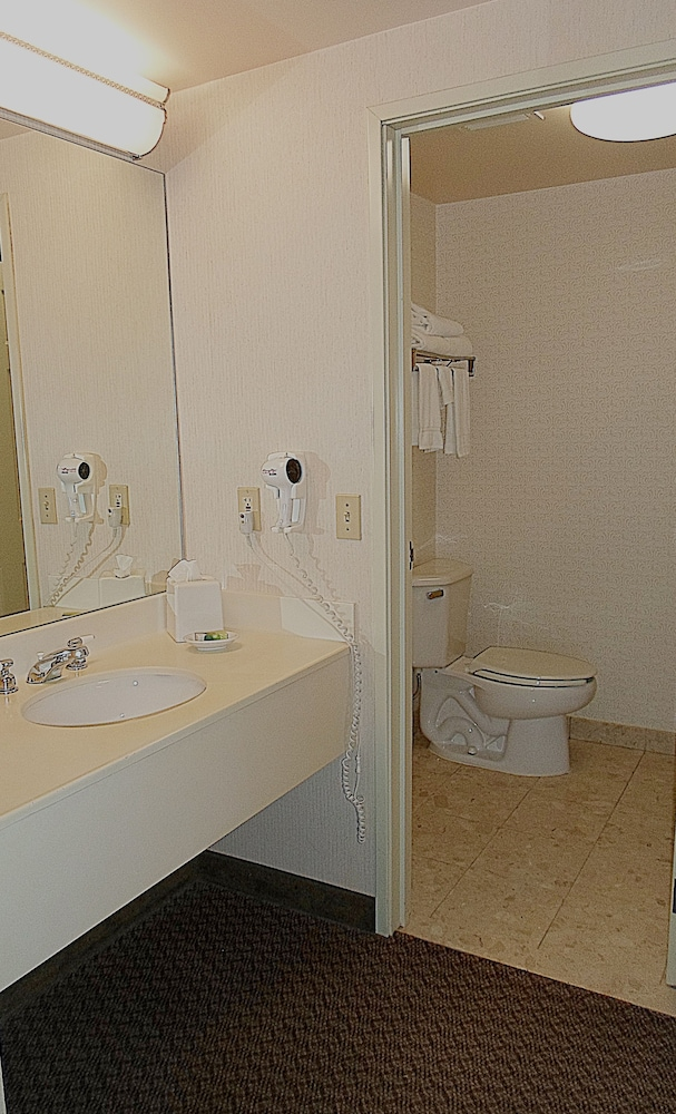 Bathroom, Quail Hollow Resort Trademark Collection by Wyndham