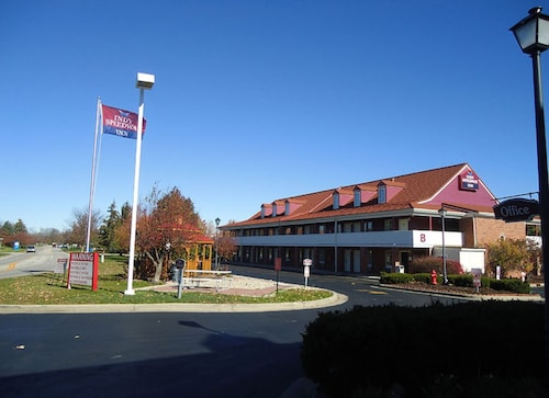 Great Place to stay Indy Speedway Inn near Indianapolis