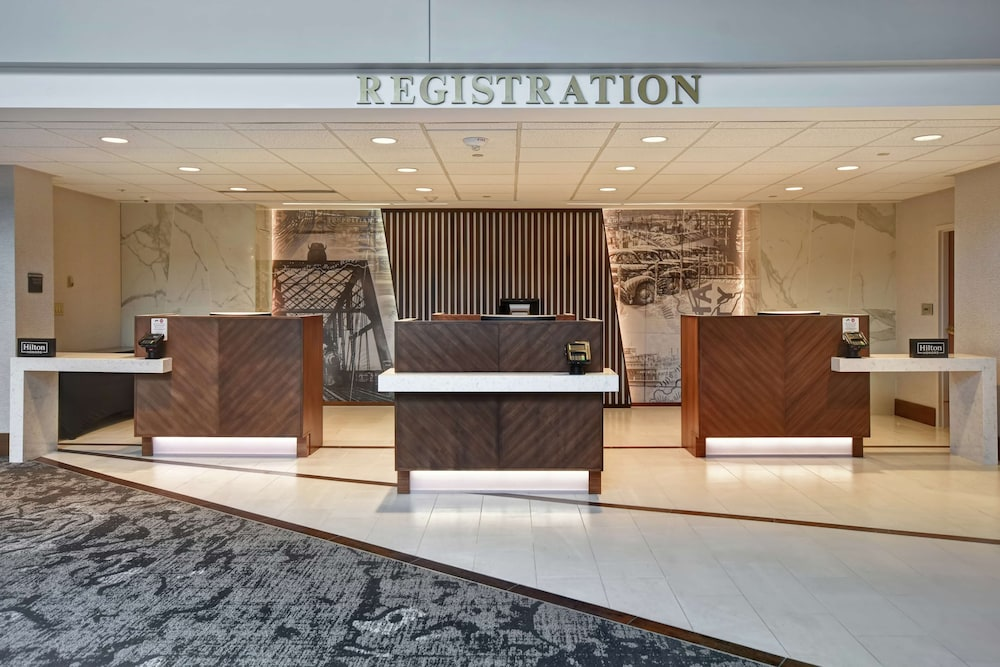Reception, Embassy Suites Omaha - Downtown/Old Market