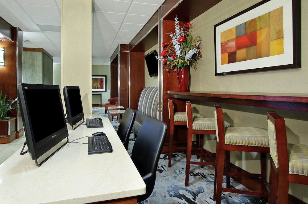 Business Center, DoubleTree by Hilton Hotel Newark Ohio