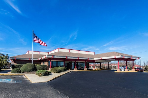 Check Expedia for Availability of Econo Lodge Inn & Suites Conference Center