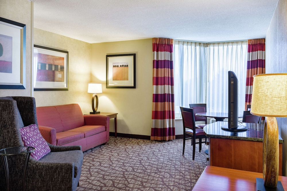 Room Amenity, DoubleTree by Hilton Hotel Johnson City