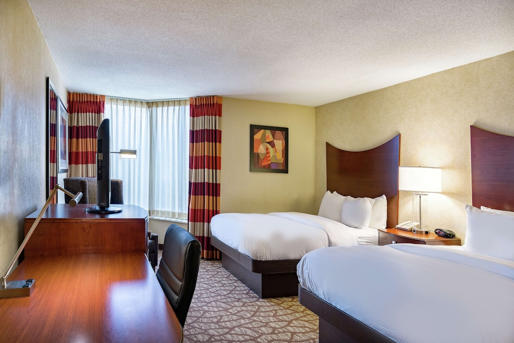 Room, DoubleTree by Hilton Hotel Johnson City