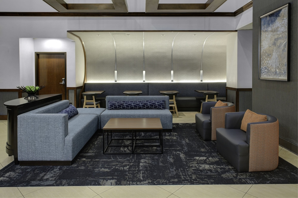 Lobby Sitting Area, Atlanta Perimeter Center Hotel & Suites