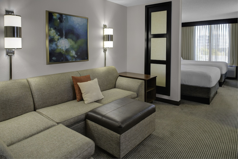 Living Area, Atlanta Perimeter Center Hotel & Suites