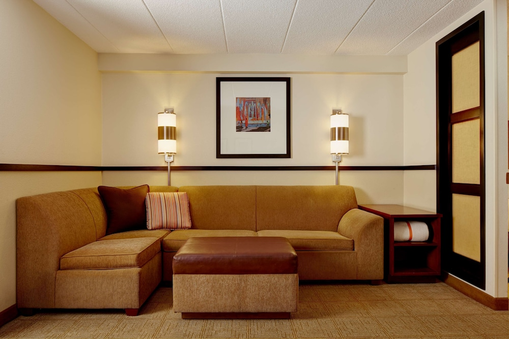 Lobby, Atlanta Perimeter Center Hotel & Suites